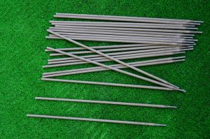 Standard welding electrodes for all kinds of ferrous metals with  dimensions  4.00 mm x 350 mm.